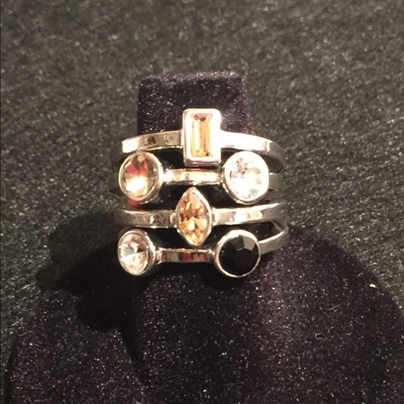 White House Black Market Jewelry - ❤️ 2 FOR $15 SALE ❤️ WHBM 4 Stackable Rings